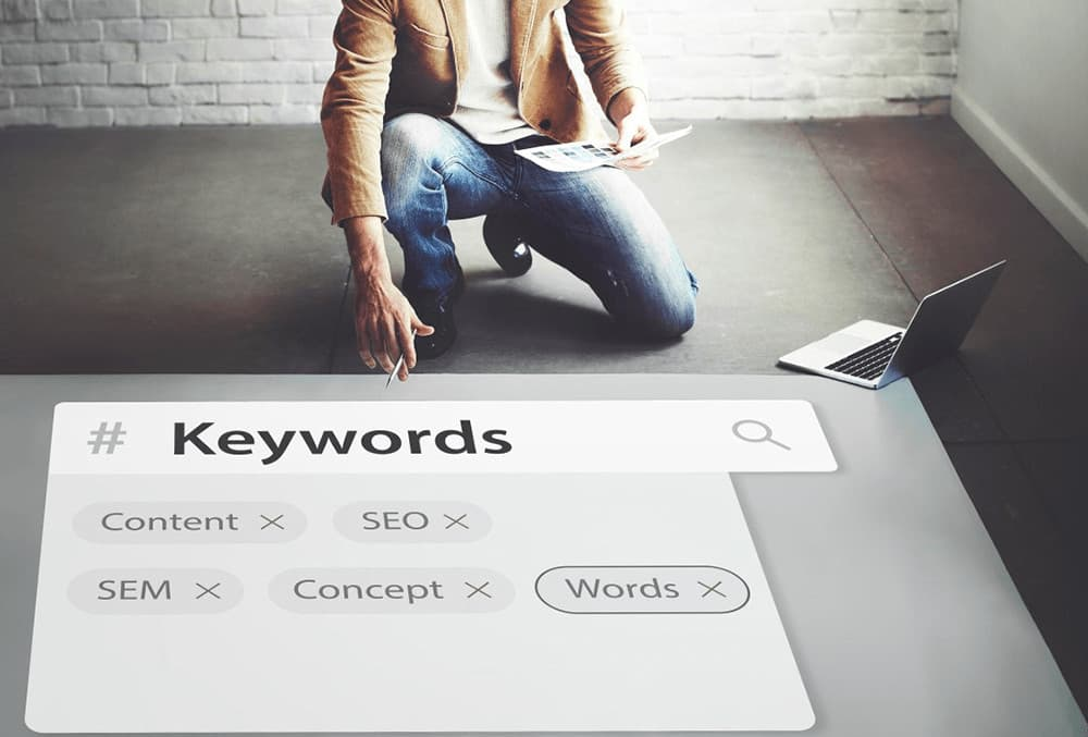 posicionamiento web usando keywords para las estrategias de seo y sem